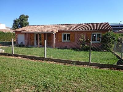 Maison t4 Montbeton centre village