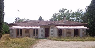 Maison plain-pied Saint-Etienne-de-Tulmont