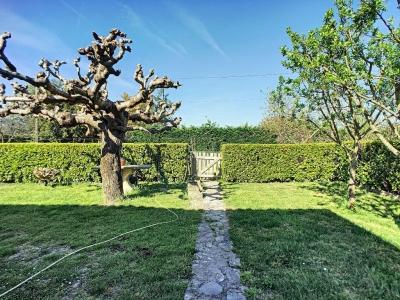 Maison t4 avec jardin  St Etienne de Tulmont