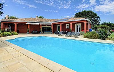 Belle maison T5 de 140 m2 avec piscine Montbeton