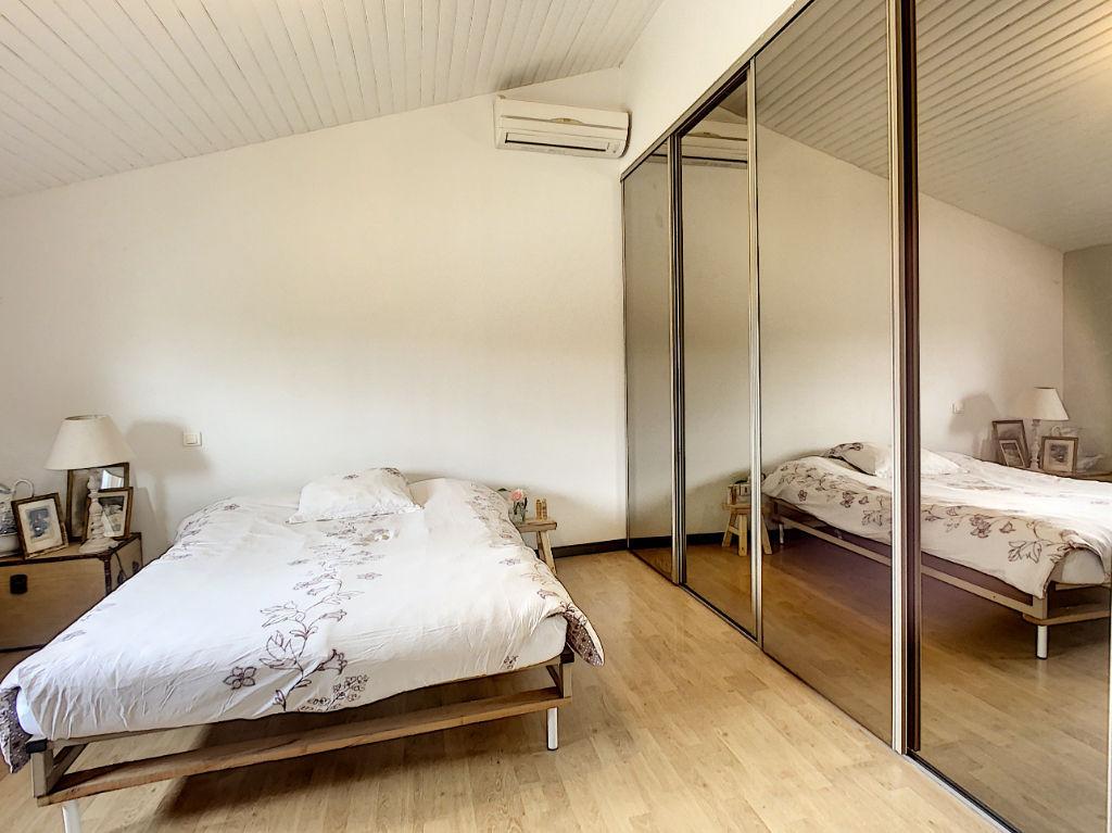 Grande maison 250 m² + dépendances + piscine proche Montauban Sud