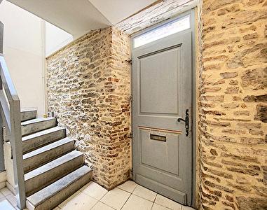 Immeuble 160 m2 avec 2 appartements a Caussade