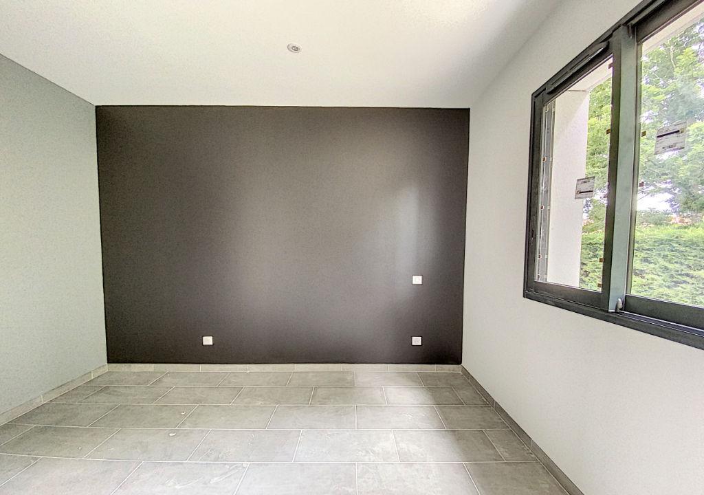 Maison neuve 3 chambres plain pied 105 m² Montauban Bas Pays