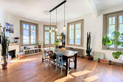 Charmante maison annees 30 de 180 m2 + garage Montauban Villebourbon