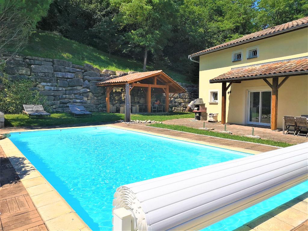 vente maison de luxe 01700 neyron