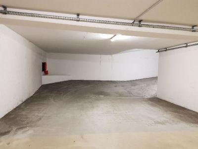 Parking / Box / Garage ferme en sous sur Saint Priest