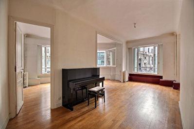 75002 - Quatre Septembre - Appartement  3 pieces