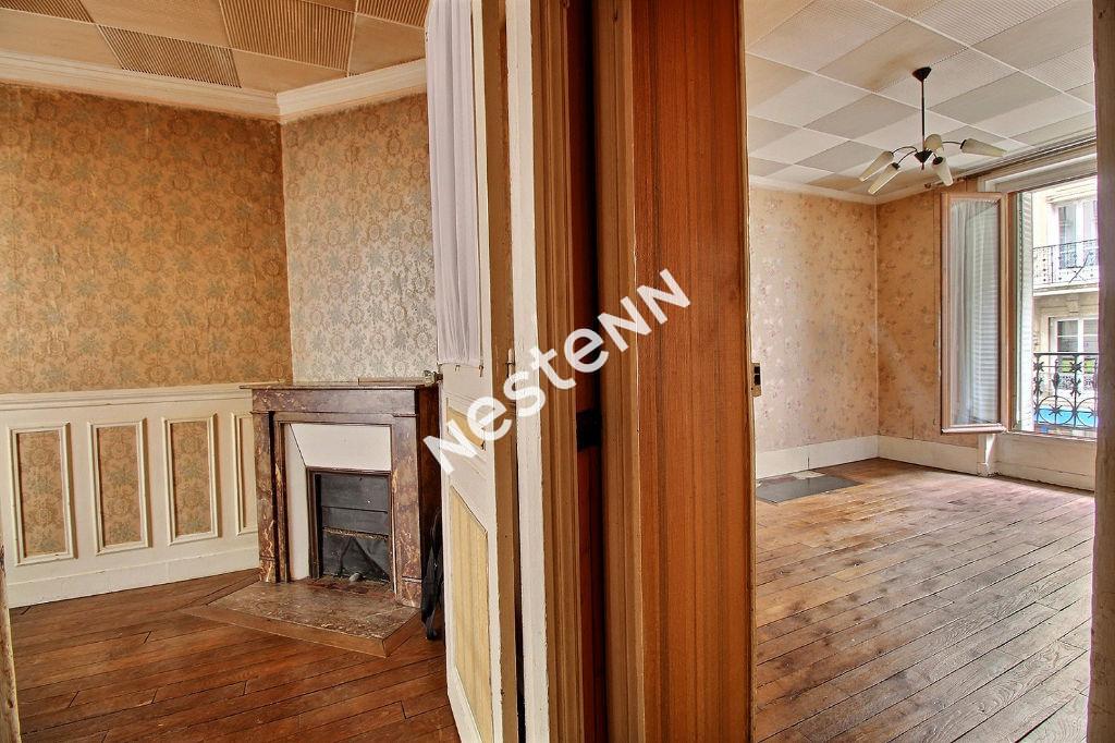 photos n°1 75011 Voltaire - Appartement 2 pièces 32 m2 immeuble Haussmannien.