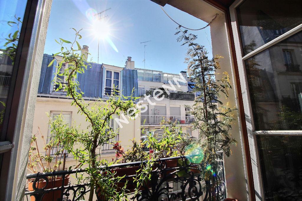 75020 - Gambetta - Appartement  3 pièces - dernier étage - traversant et lumineux