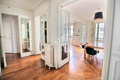 75011 Philippe Auguste - Charonne - Appartement 3/4 pieces avec balcon - 88m2 au 5eme et. avec asc.