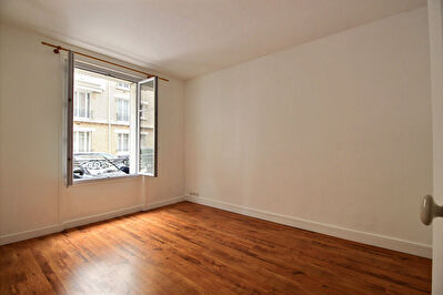 92400- Courbevoie - Appartement 2 pieces -  42.84 m2 - non meuble