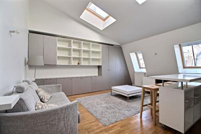 Exclusivite Nestenn - Studio meuble 75116 au 5eme etage avec ascenseur