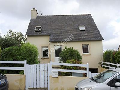 Maison 4 chambres avec garage et jardin clos