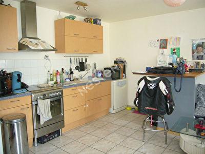 Maisonnette avec 2 chambres proche toutes commodites !