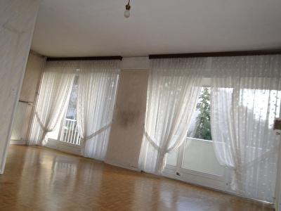 AFFAIRE A SAISIR - Appartement F2, 72 m2 - Forbach