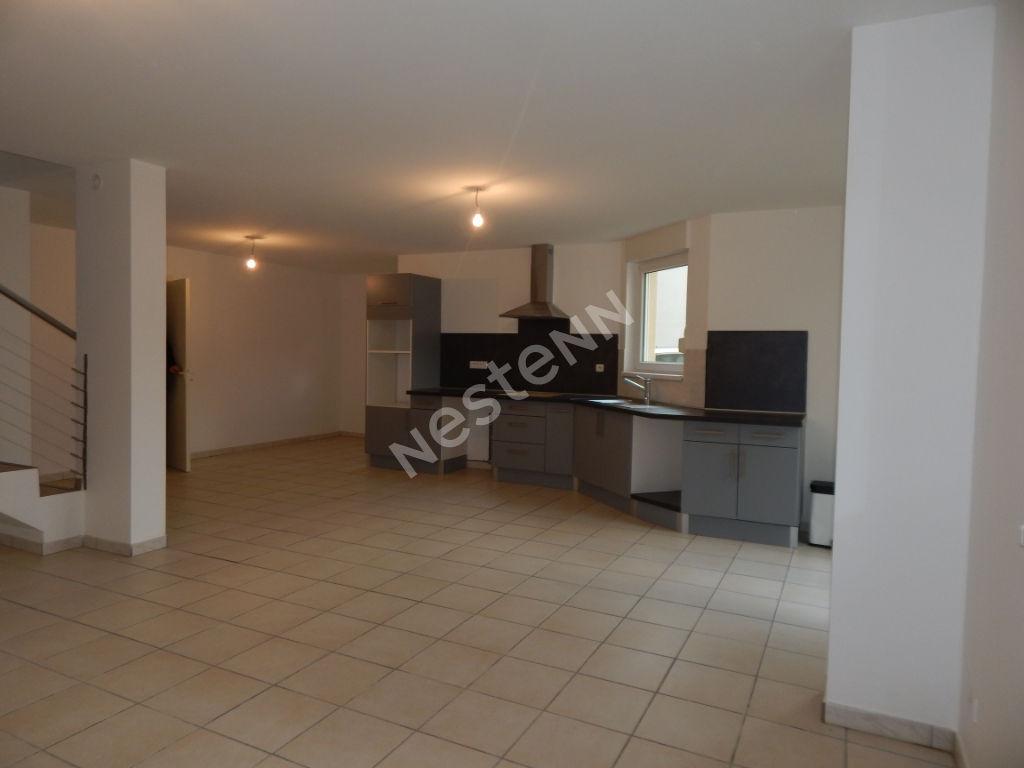 photos n°1 Spacieux Appartement F4, 120 m²,Longeville Lès Saint-Avold
