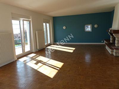 Maison Familiale, F6, 198 m2, Eincheville
