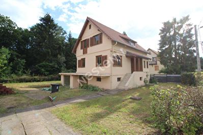Maison Saint Avold - 4 chambres - quartier calme