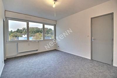 Appartement Saint Avold- 2 pieces - 41.15 m2 - ascenseur
