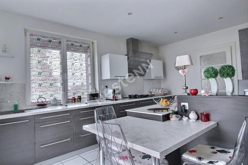 Maison bourgeoise - 200 m² - Diesen