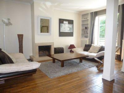 Maison Suresnes 7 piece 150 m2  + Mansardes