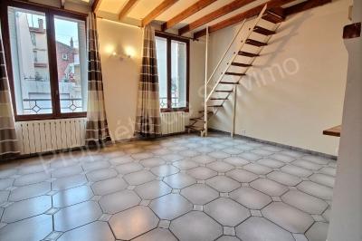 Maison Suresnes 3 pieces 78 m2 au sol  et 64 m2 carrez+36m2 de terrasse