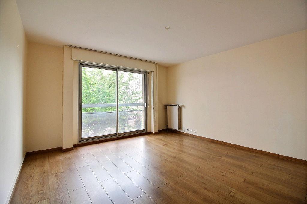 Appartement Suresnes 2 pièces 48m²