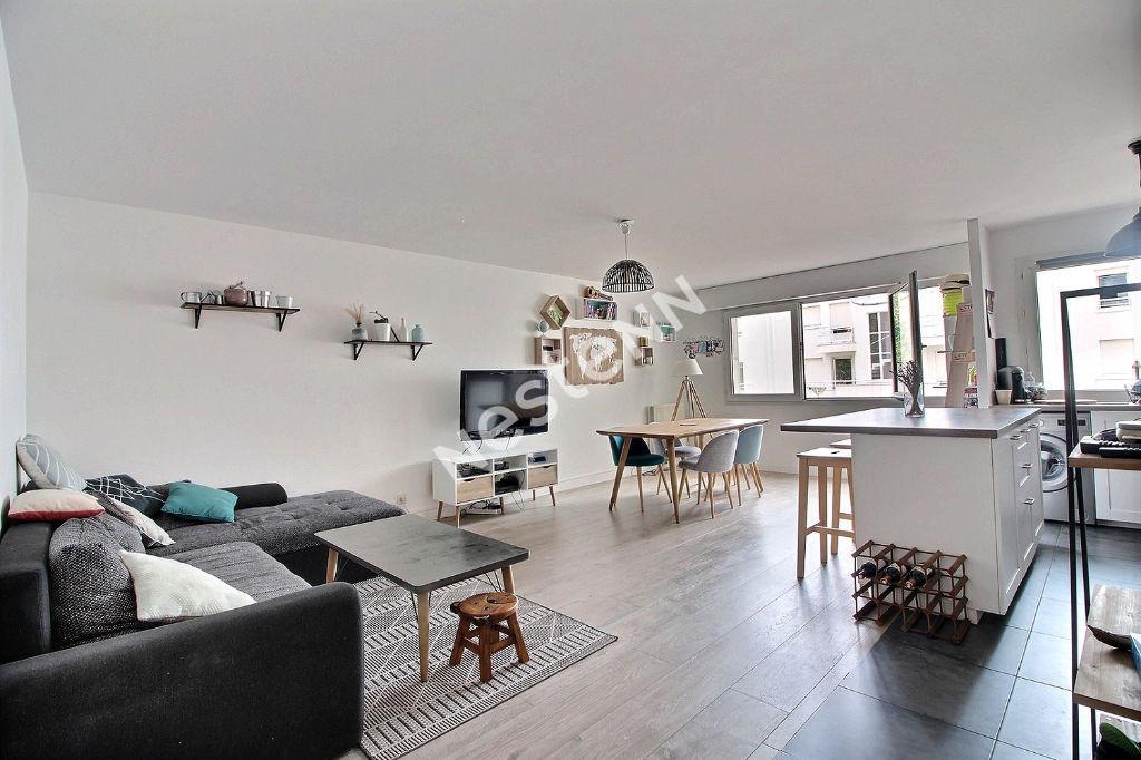 photos n°1 Appartement Suresnes 3 pièces 71m² + Parking