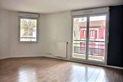 Appartement Suresnes 3 pieces 61 m2 + balcon + parking