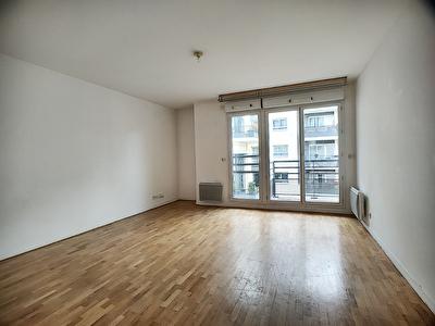 Appartement Suresnes 3 pieces 68m2 + 2 Balcons