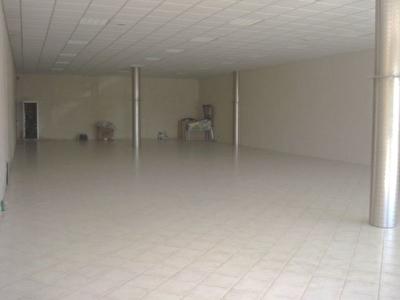 LOCAL 250 m2 VITROLLES