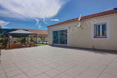 Villa Vitrolles 5 pieces d'environ 100 m2 plain pied + T1 independant