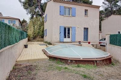 Villa Vitrolles type 4 avec garage et piscine
