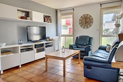 Appartement Vitrolles 5 pieces 96 m2