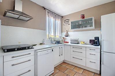 Appartement Vitrolles 4 pieces 80 m2