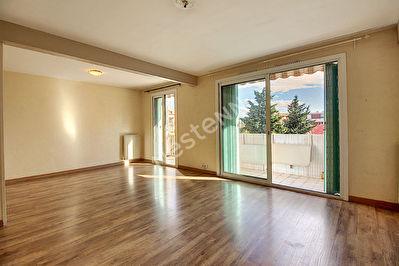 Appartement Vitrolles 3 pieces 69 m2