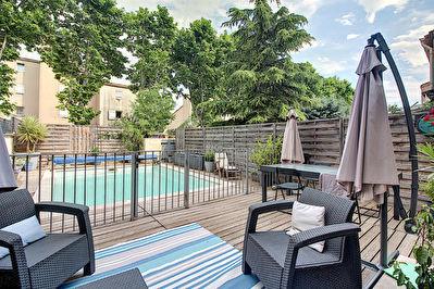 Maison Vitrolles 4/5 pieces d'environ 120 m2 avec piscine