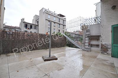 Appartement Marseille (13001) 2 pieces 29 m2 + terrasse 25m2