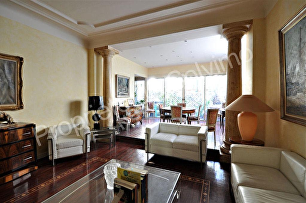 Appartement Marseille (13006) 5 pieces 166.55 m2 + 2 terrasses