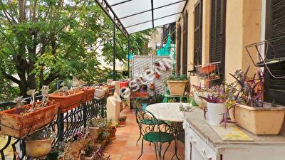 Appartement Marseille (13005) 3 pieces 103 m2 + Jardin de 130 m2