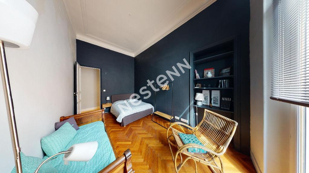 Appartement Marseille  (13006) 5 pièce(s) 116 m2