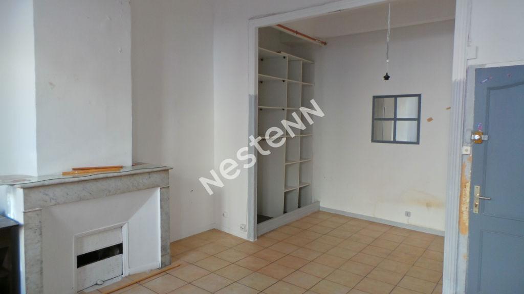Appartement Marseille (13005)  1 pièce(s) 30 m2