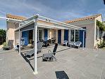 Charmante maison traditionnelle de 136m² - 4 chambres - Beau potentiel !! 1/13