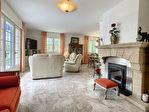 Charmante maison traditionnelle de 136m² - 4 chambres - Beau potentiel !! 5/13