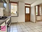 Montluçon, A vendre,  Immeuble comprenant 2 Appartements 6/16