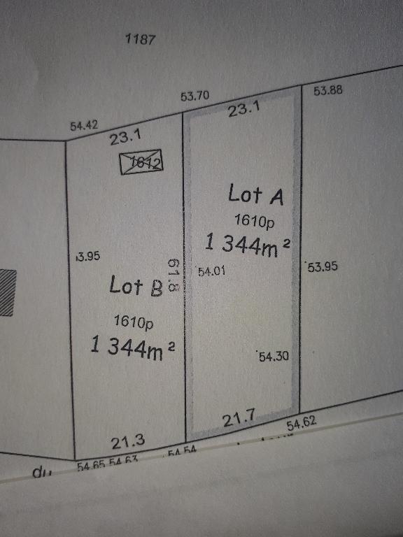 TERRAIN A BATIR DE 1344 M²