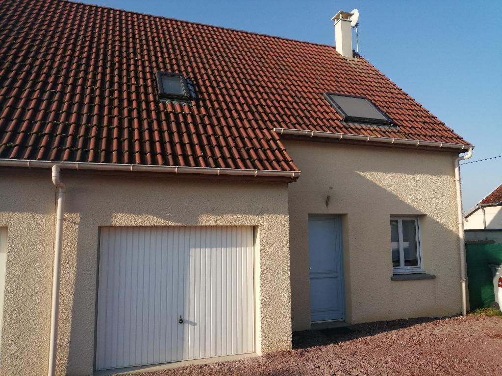 Maison traditionnelle de 2011 en parfait état