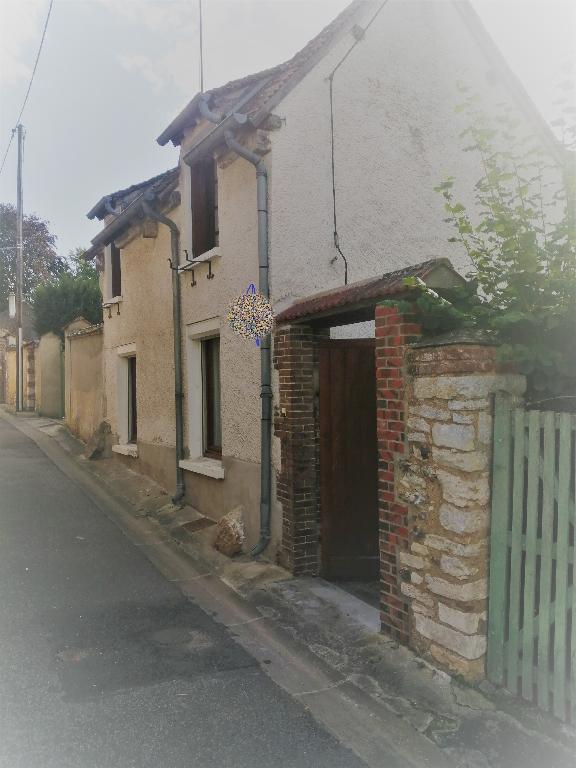 MAISON DE VILLE AU CENTRE D'ANET