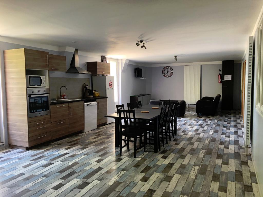 Maison d'hôtes+gîte 11 pièce(s) 280 m2