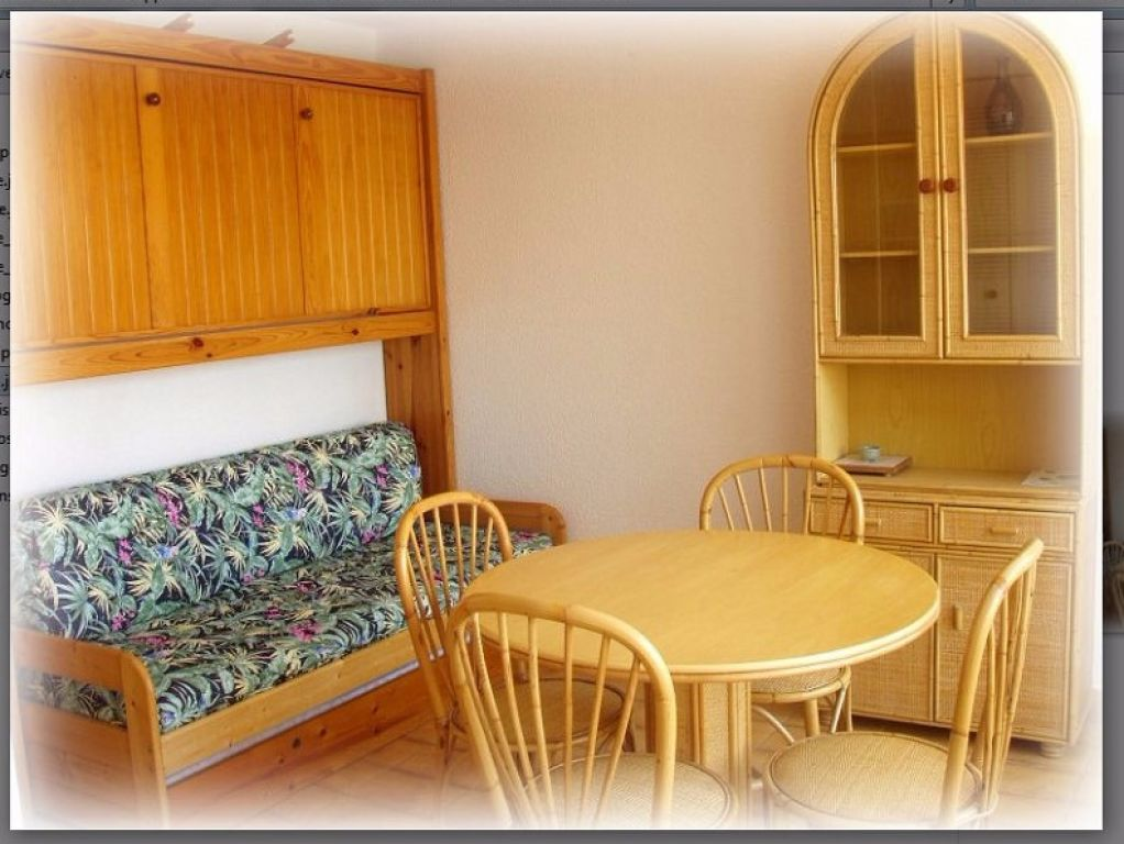 ref : 612  Plage Richelieu studio cabine + loggia dernier étage